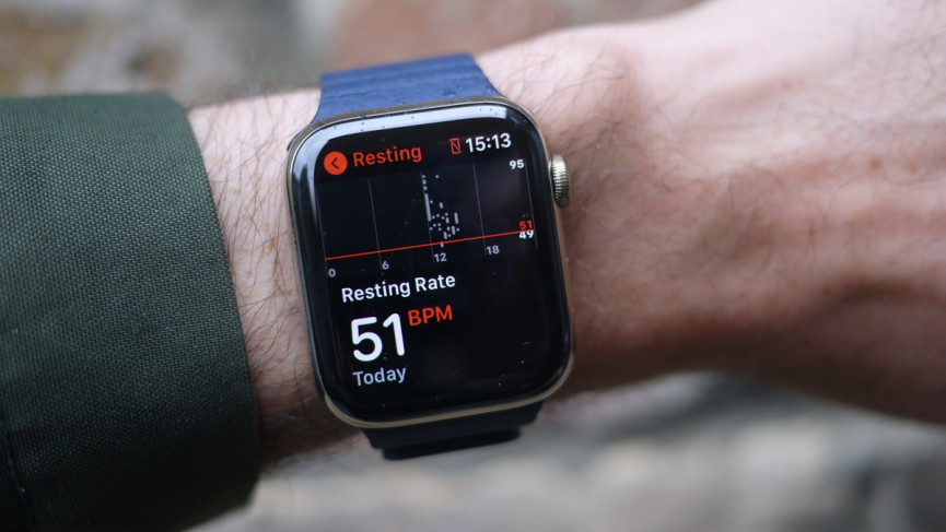 Apple Watch Series 6 showing resting heart rate