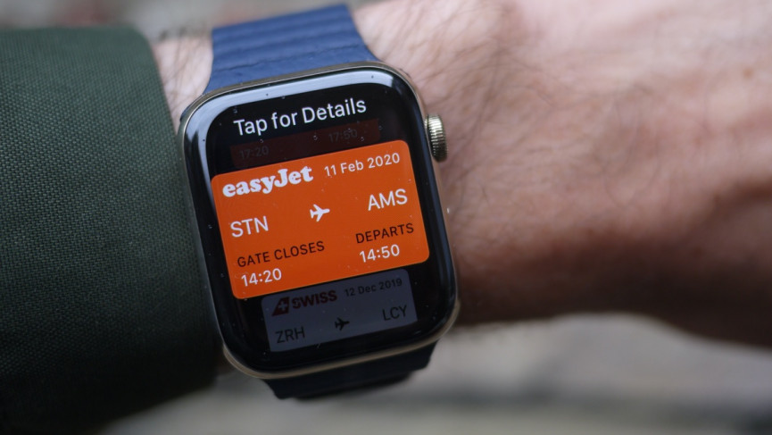 Apple Watch Series 6 wallet flight ticket