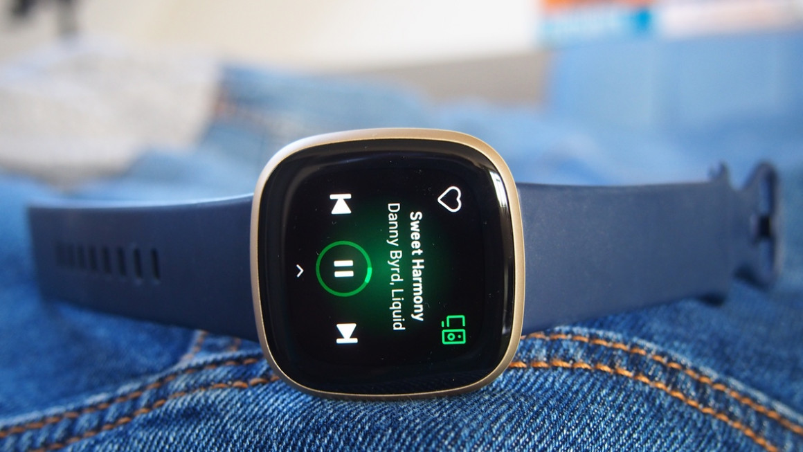 Fitbit Versa 3 screen showing music player